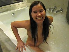 Jaripha Suticost Strips Naked In Bath Shows All Porn 83