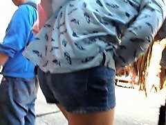 Bootycruise Chinatown Bus Stop 16 Shorts Clad Asian Teen